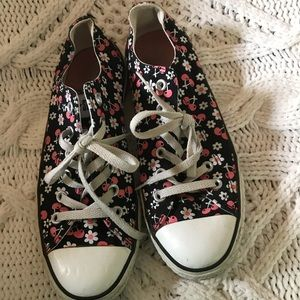 Converse All Stars. Size 9